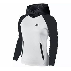 Nike Sportswear Tech Fleece Hooded Shirt - B & W